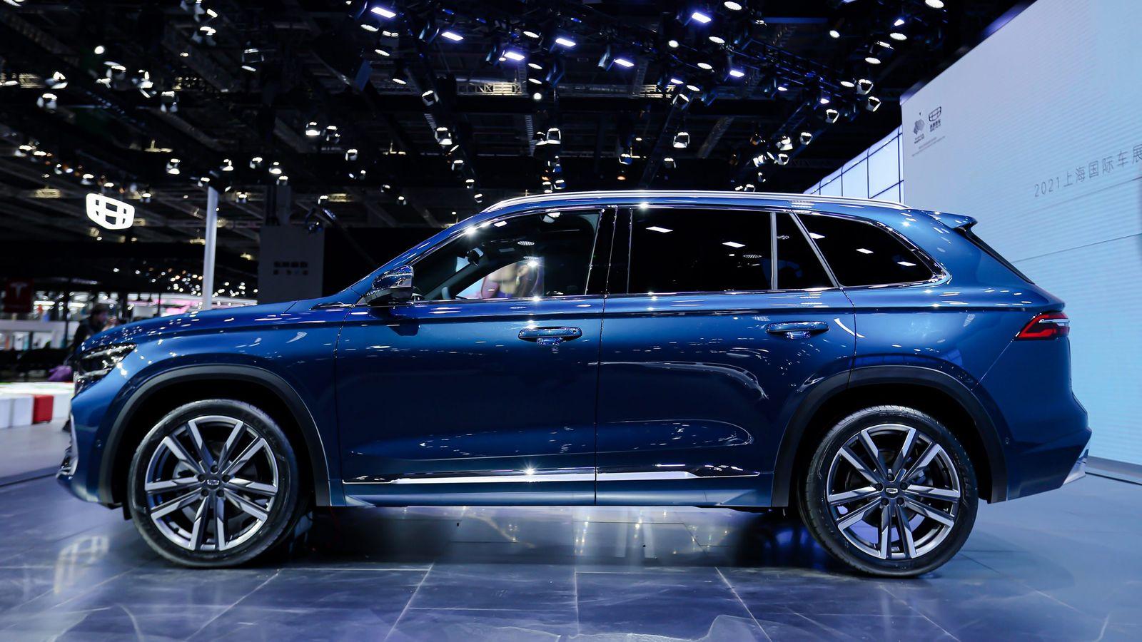 Самый роскошный кроссовер Geely с мотором Volvo привезут в Россию